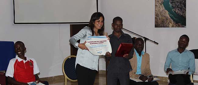 Ganhador do concurso Olimpíadas FUNIBER recebe o prêmio