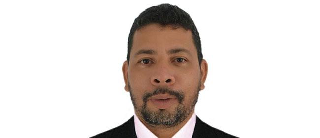 Ángel Humberto Saavedra é aluno colombiano da cidade de Florencia e bolsista pela FUNIBER na Especialização Universitária em Gestão de Recursos Humanos.