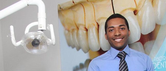 Andrés Alberto Alvarado é um aluno panamenho que cursou, com bolsa pela FUNIBER, o Mestrado em Direção Estratégica de Organizações de Saúde