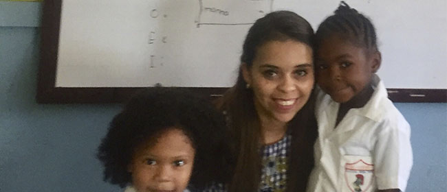 Sathia Mariela Mendoza Giron procurava melhorar sua situação profissional quando decidiu cursar o Mestrado em Educação, titulado pela Universidad Europea del Atlántico (UNEATLANTICO),