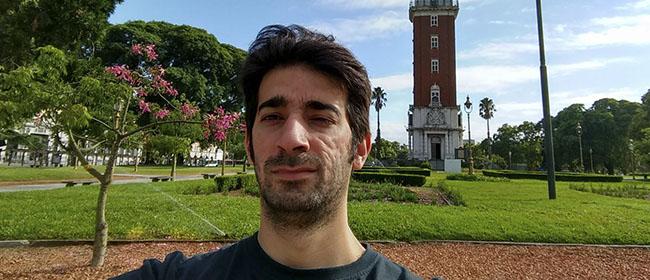 Vitor Samuel Alves Alvarenga é um aluno de São Paulo (Brasil) que cursou, com bolsa da FUNIBER, o Mestrado em Tecnologias da Informação. Vitor se sentiu muito apoiado pelo pessoal da FUNIBER no Brasil em todo momento e isso foi essencial para que este estudante brasileiro terminasse seus estudos e disfrutasse da experiência