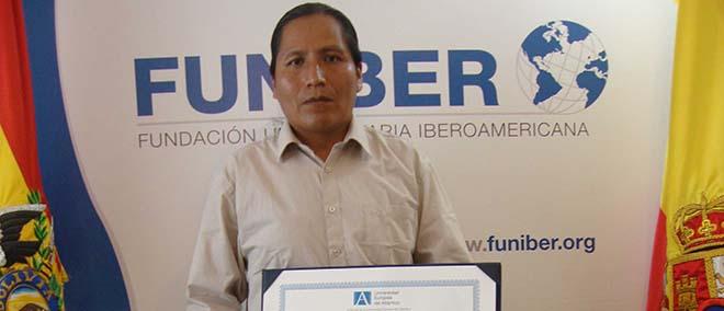 Opinião de Esteban Chacalluca, aluno do Mestrado em Educação patrocinado pela FUNIBER