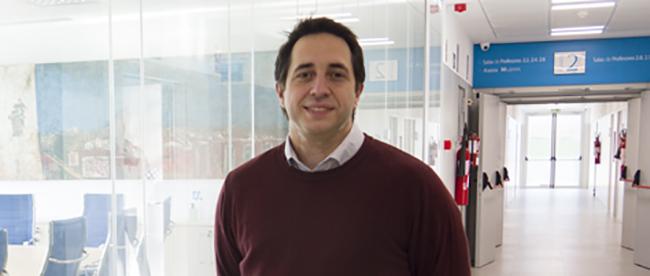 Professor da rede da FUNIBER, Jose Breñosa, fala como começou na área telerobótica